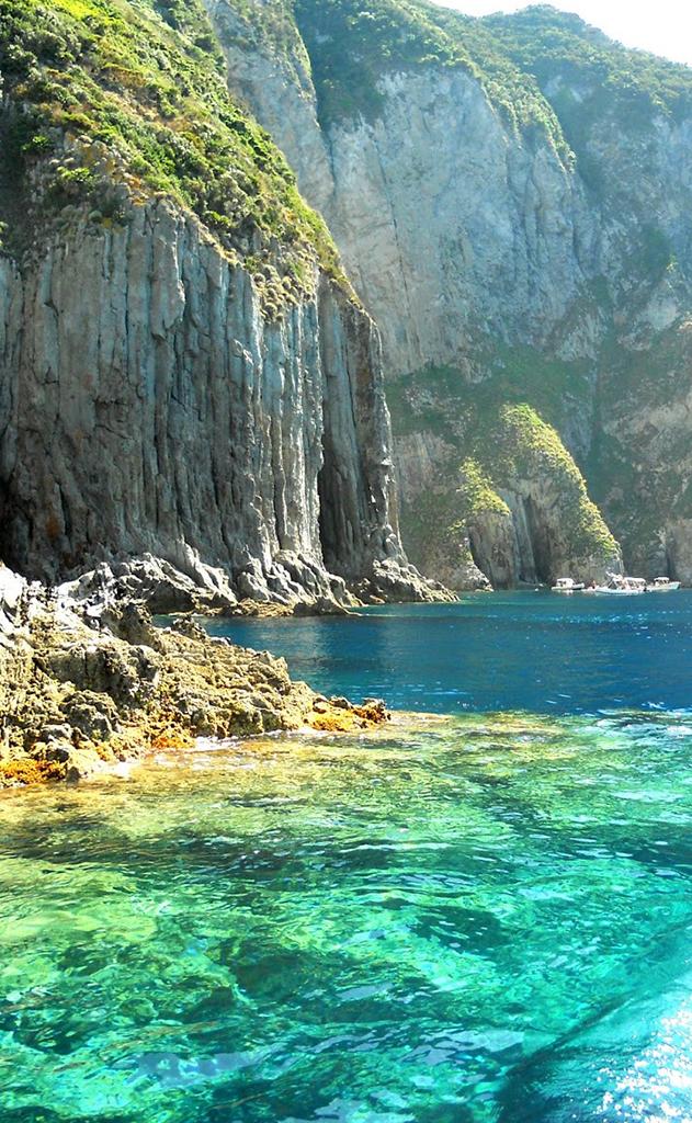 mare cristallino del Lazio